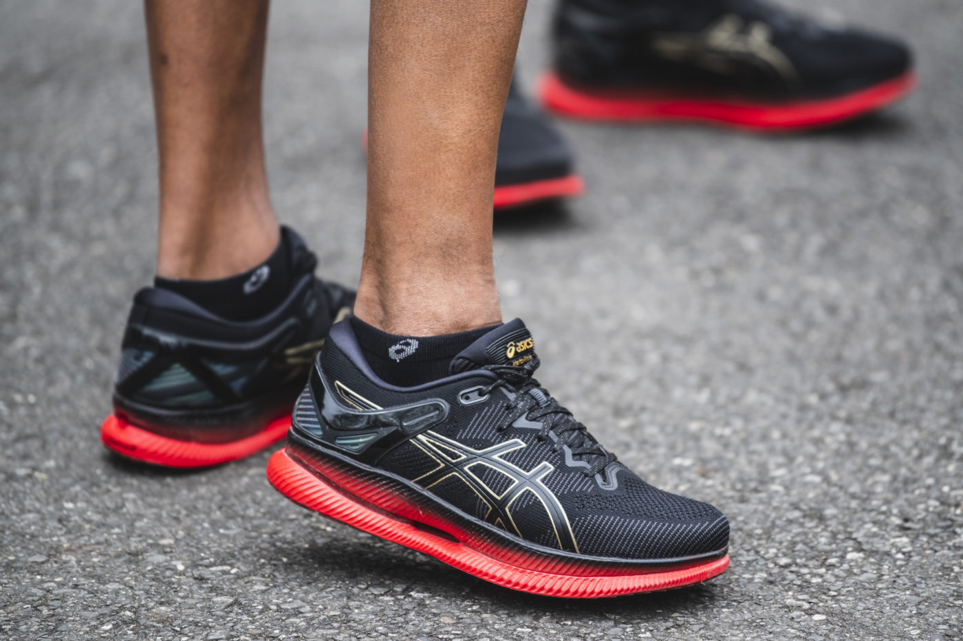 chaussures-course-a-pied-asics-metaride-10