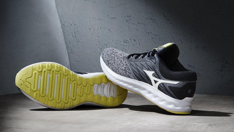 wave-polaris-mizuno-chaussures-runpack