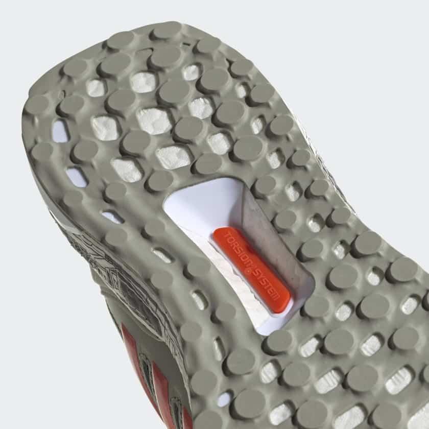 adidas-ultraboost-s&l-xwings-star-wars-running-runpack-3