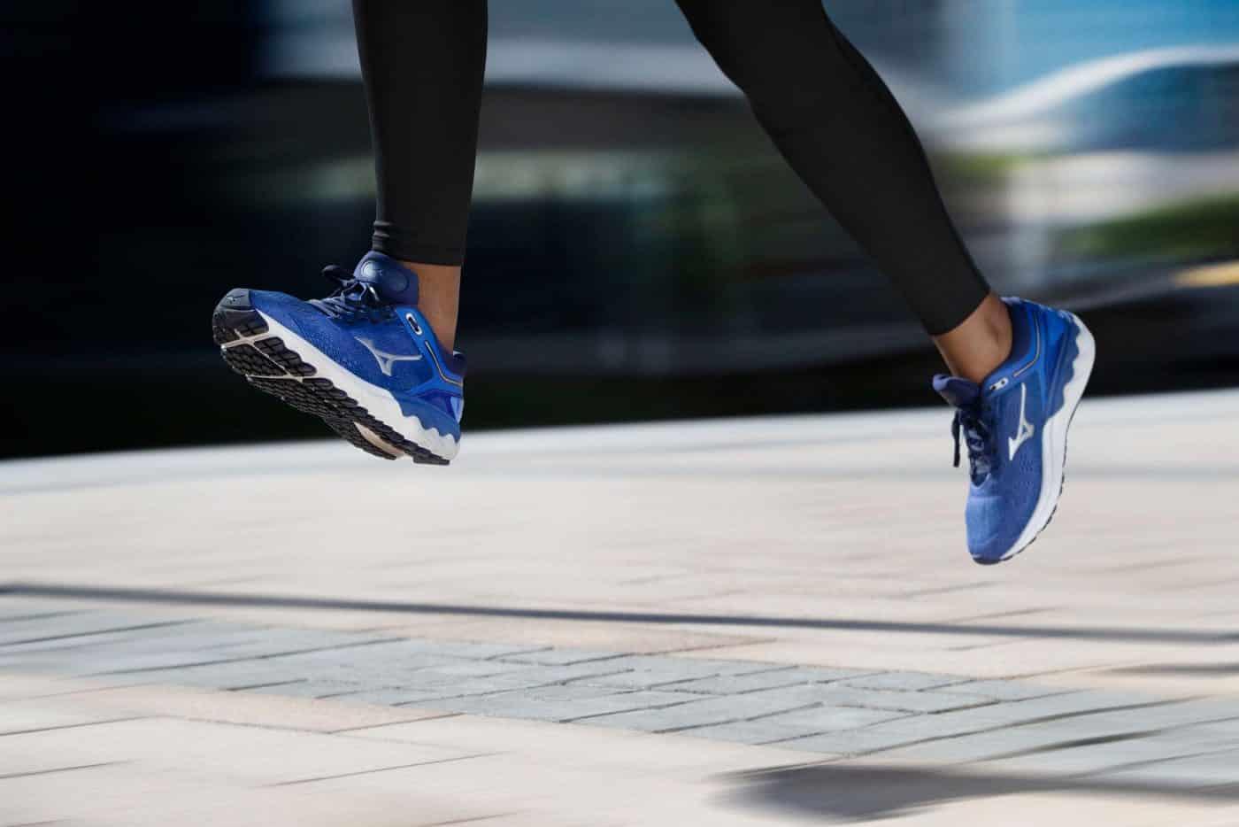 mizuno-wave-skyrise-chaussures-running-runpack-5