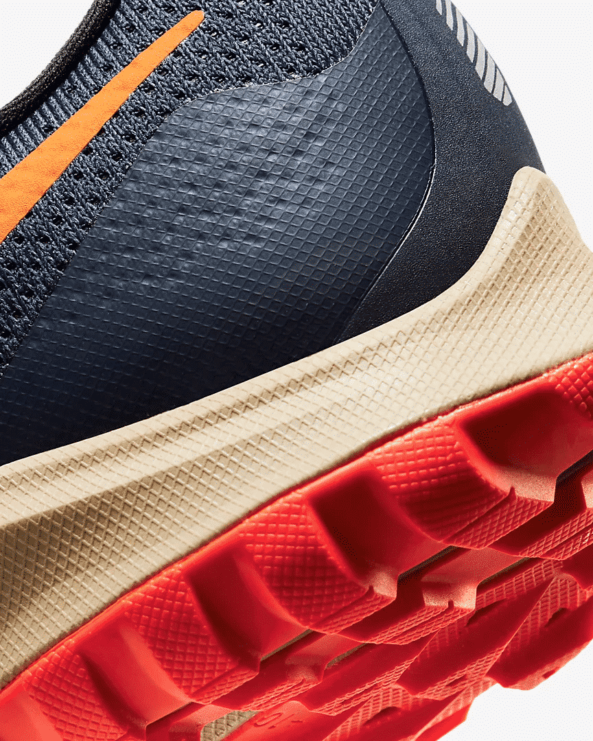 Nike-Air-Zoom-Pegasus-36-Trail-Runpack-8
