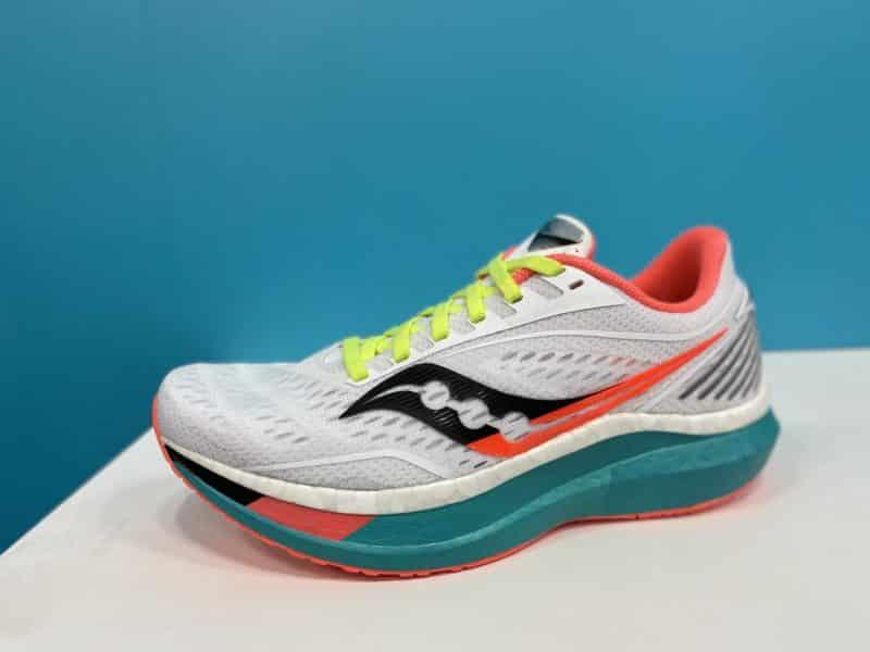 saucony-endorphin-speed-chaussures-running-runpack