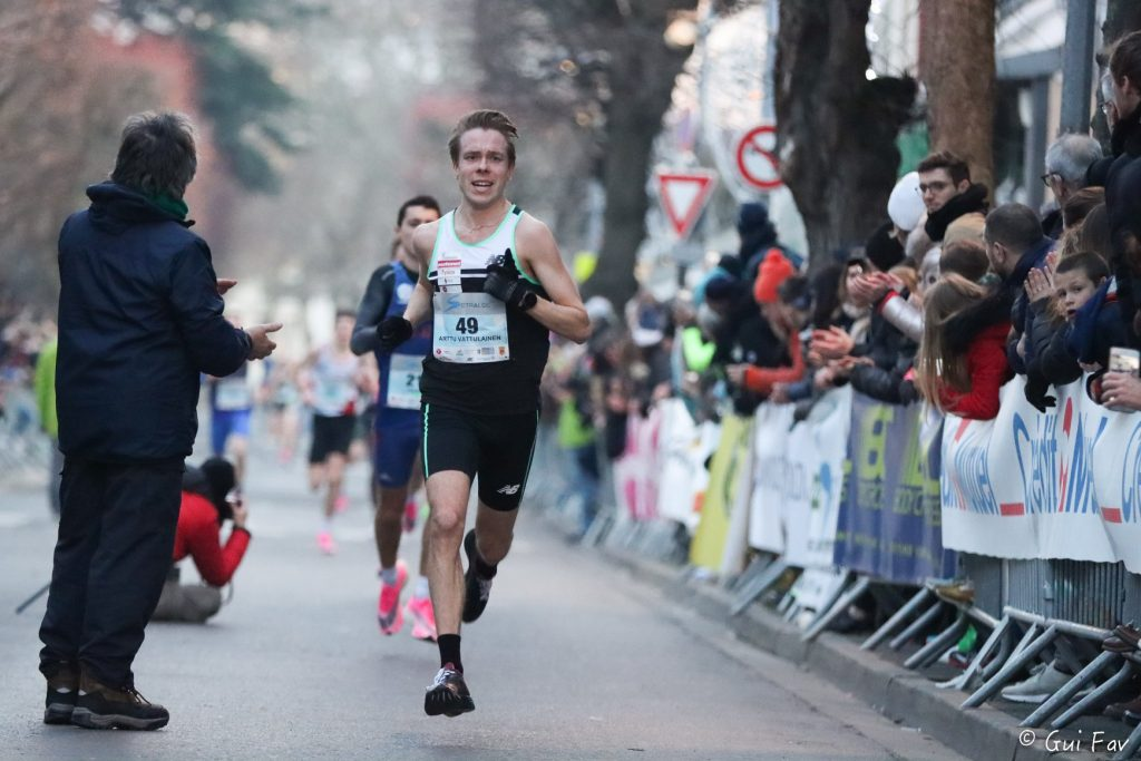 Corrida-Houilles-Nike-Vaporfly-Next%-masquées-runpack