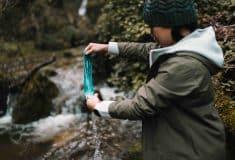 Image de l'article Nouvelle gamme de systèmes d'hydratation pour Salomon avec un filtre qui permet de supprimer 99.99% des bactéries!