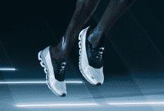 Image de l'article On Running a désormais aussi sa chaussure à plaque de carbone : la Cloudboom