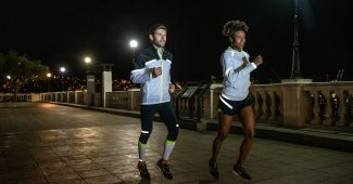 Image de l'article Restez visible la nuit avec la nouvelle collection Run Visible de Brooks