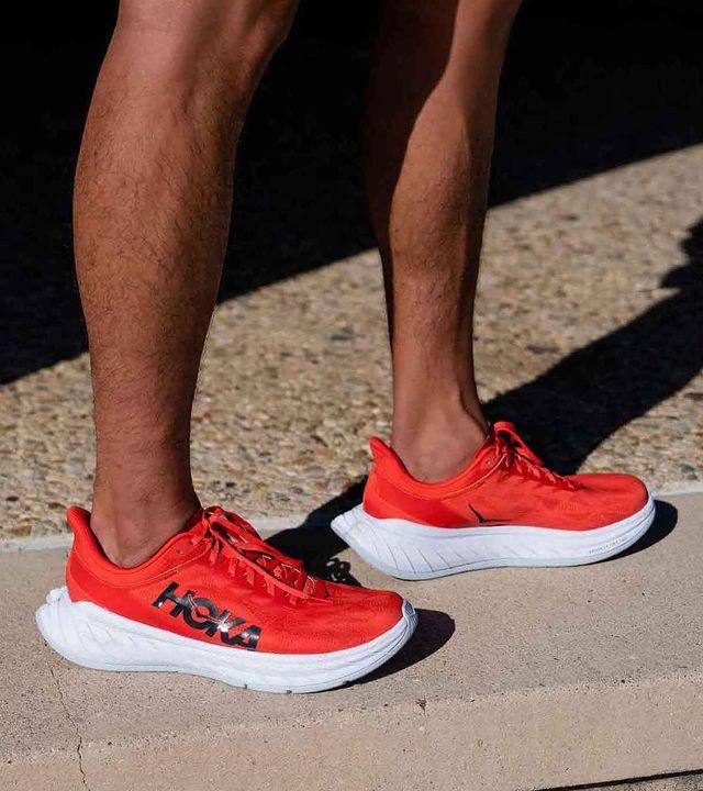 chaussure-de-running-carbon-x-2-hoka-one-one-runpack-1