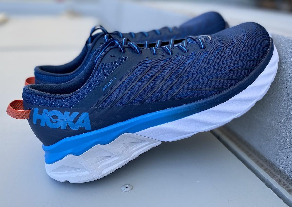 chaussure-hoka-one-one-arahi-4-runpack
