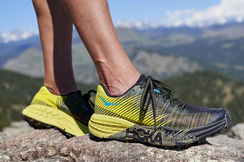 hoka-one-one-chaussure-trail-evo-speedgoat-runpack