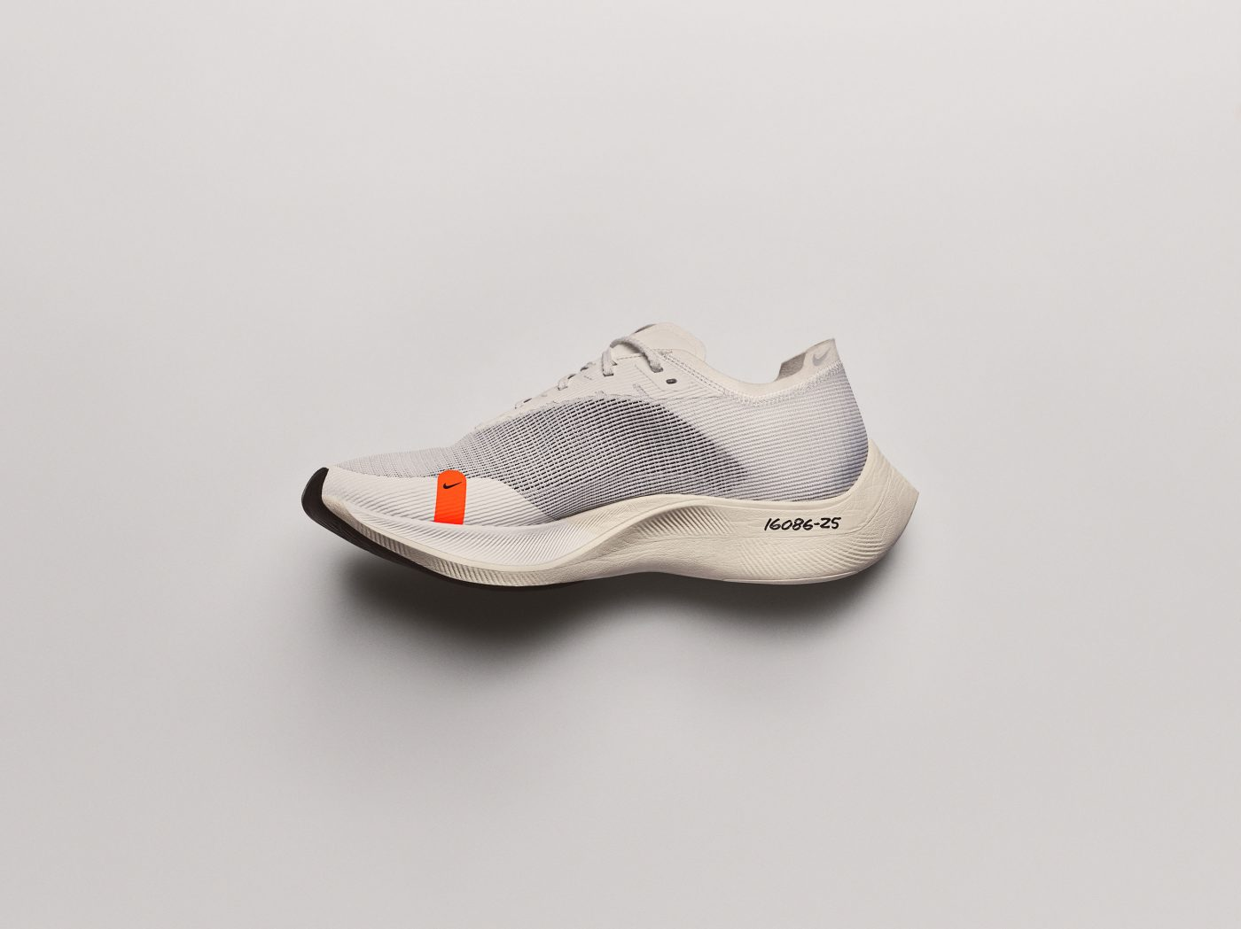 Nike_ZoomX_Vaporfly_NEXT%_11