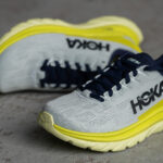 Chaussures HOKA : que signifient les écritures sur la semelle intermédiaire ?
