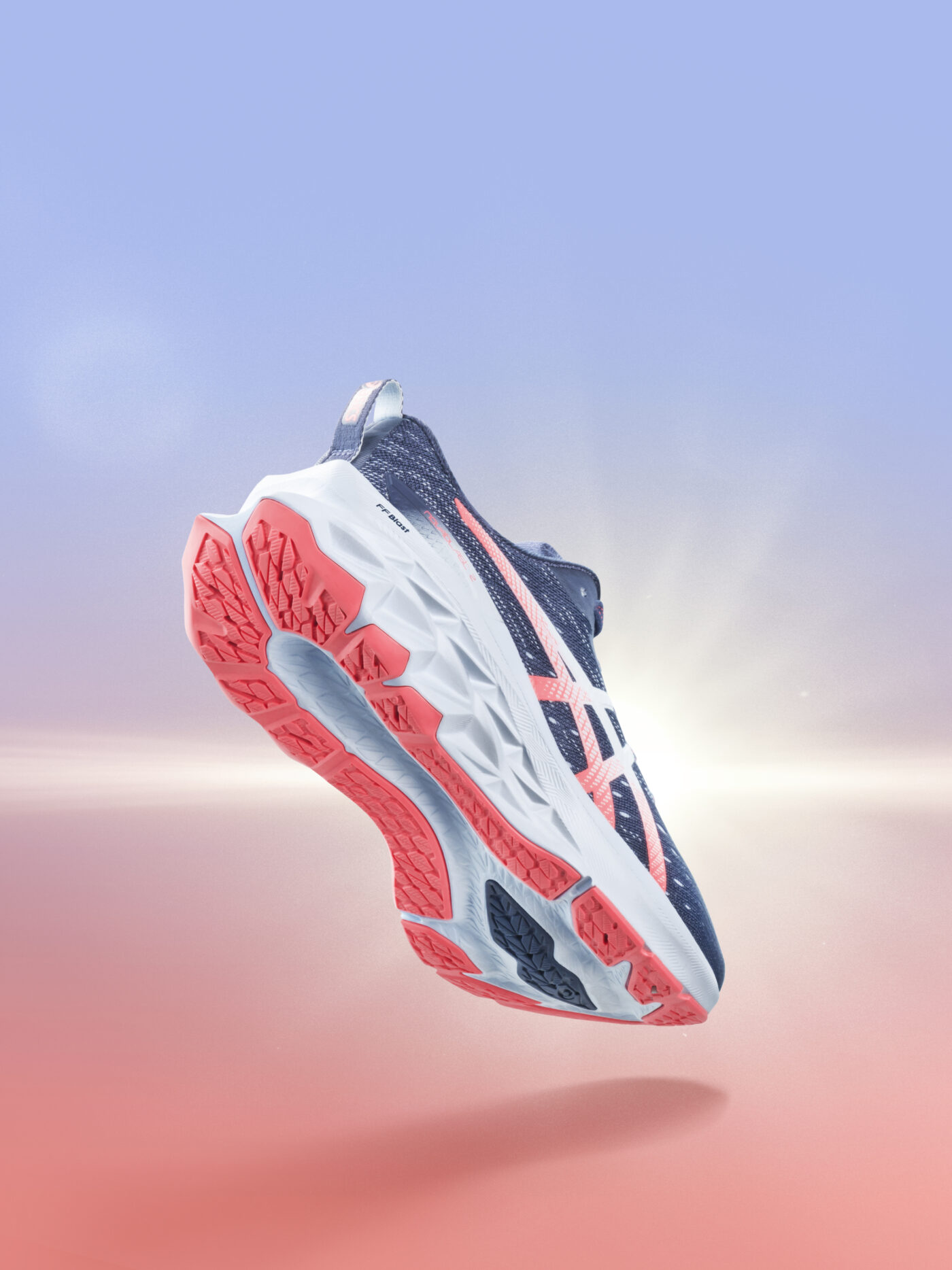 asics novablast 2 chaussure de course 2